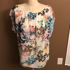 Cabi floral sheet scoop neck top